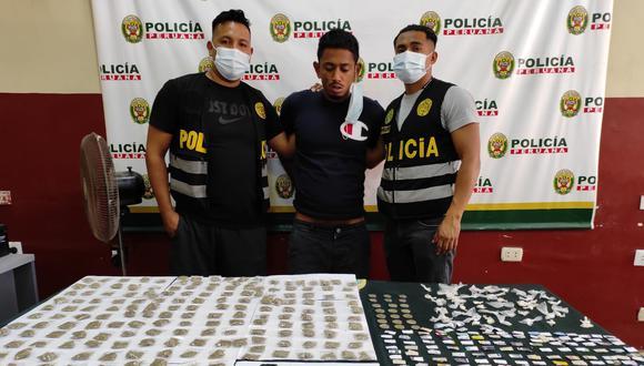 Henry Alberto Díaz Dávila (29), conocido como 'Orejas', fue detenido, según la policía, por dedicarse a vender bolsitas de crack, marihuana y pasta básica de cocaína.