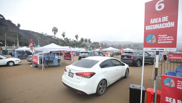 Los centros de vacunación de Agua Dulce y de Costa Verde son para vehículos. (Foto: Britanie Arroyo / GEC)