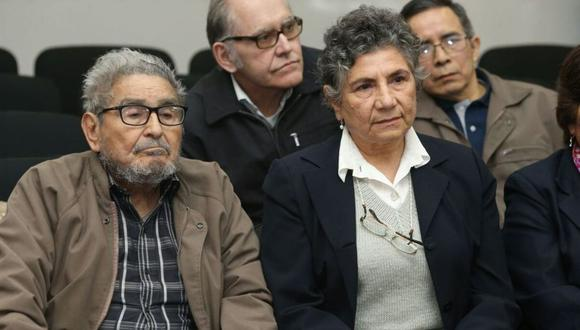 Abimael Guzmán y Elena Iparraguirre, líderes de Sendero Luminoso. (GEC)