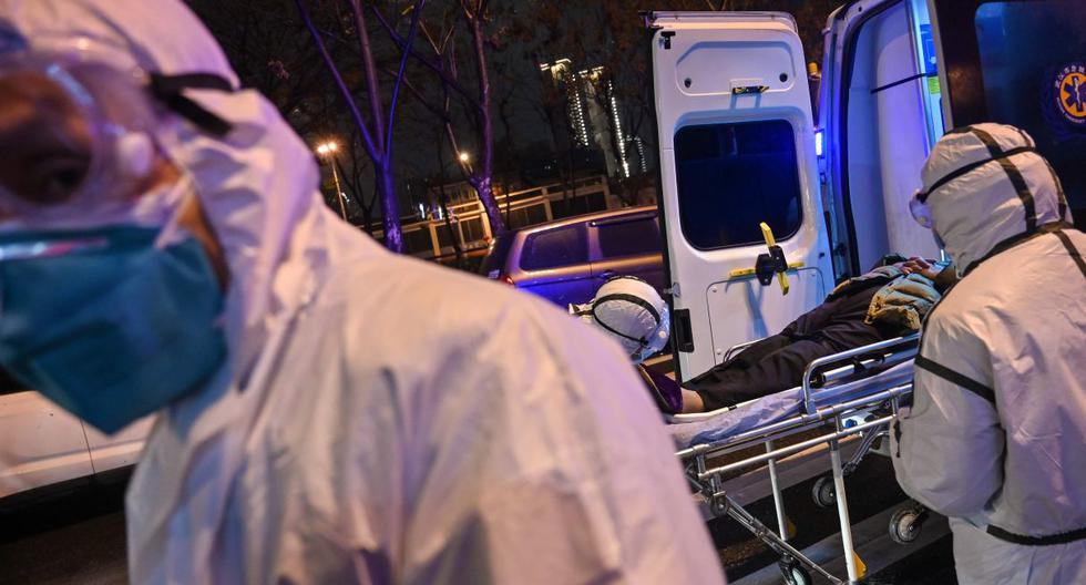 Muchos chinos les reprochan haber tardado en difundir la información al comienzo de la epidemia, que ya provocó la muerte de más de 200 personas en el país. (AFP).