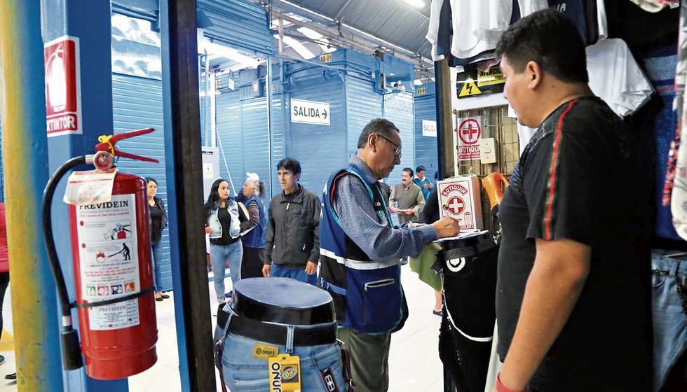 Municipalidad de Lima inspecciona locales de El Hueco