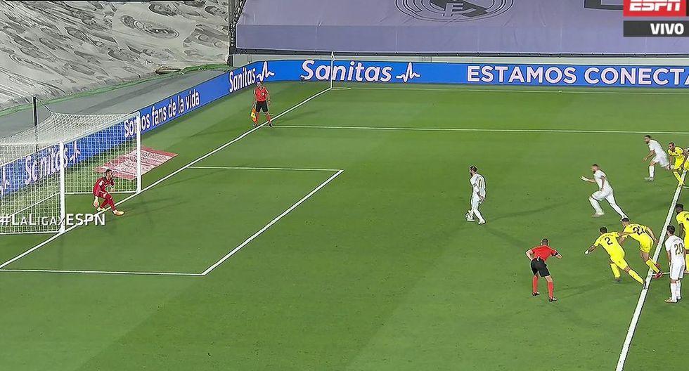 Sergio Ramos y Karim Benzema no pudieron celebrar por completo penal ante Villarreal