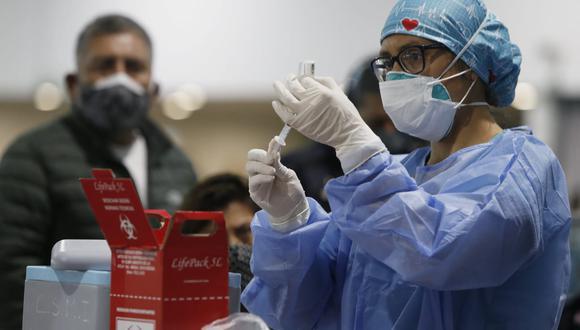 Las vacunación contra el COVID-19 avanza en todo el país. Fotos : Jorge Cerdan/@photo.gec