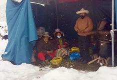 Cusco: Con lluvias, granizada y nevada comuneros de Chumbivilcas continúan protestan contra minera