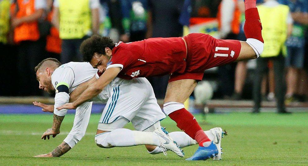 Salah salió lesionado del partido y preocupa a todo Egipto.