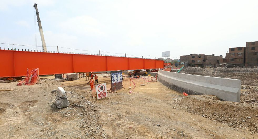 El alcalde de Lima, Luis Castañeda, anunció que los trabajos en el puente Bella Unión están avanzados y culminarán el 15 de julio.