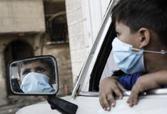 Científicos buscan la vacuna contra el coronavirus para los niños y jóvenes