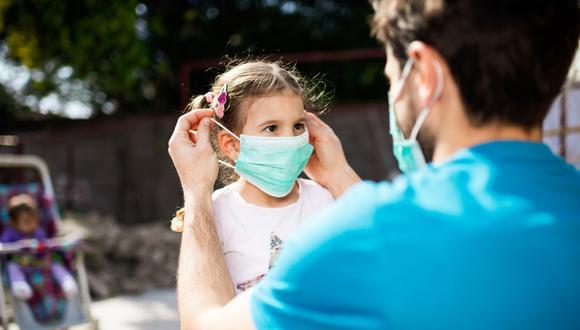 Alarma por aumento contagios y muertes en niños. (Foto: Getty)