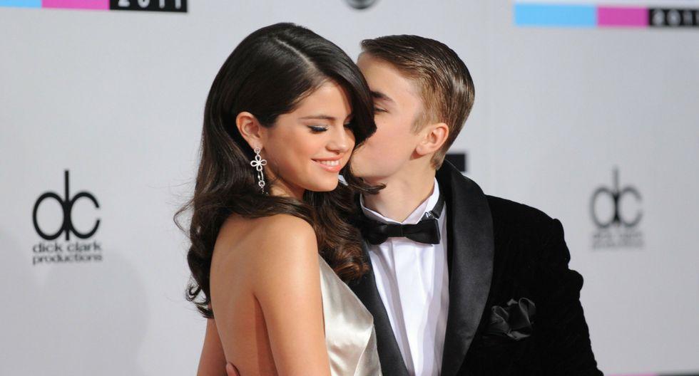Selena Gomez y Justin Bieber tuvieron una relación intermitente entre 2011 y 2014. (Composición: Trome.pe / Fotos: AFP)