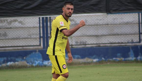 Maximiliano Zárate, que en su primera experiencia fuera de su país, le hizo gol a Universitario y lo eliminó de la Copa Bicentenario   Foto: Deportivo Coopsol