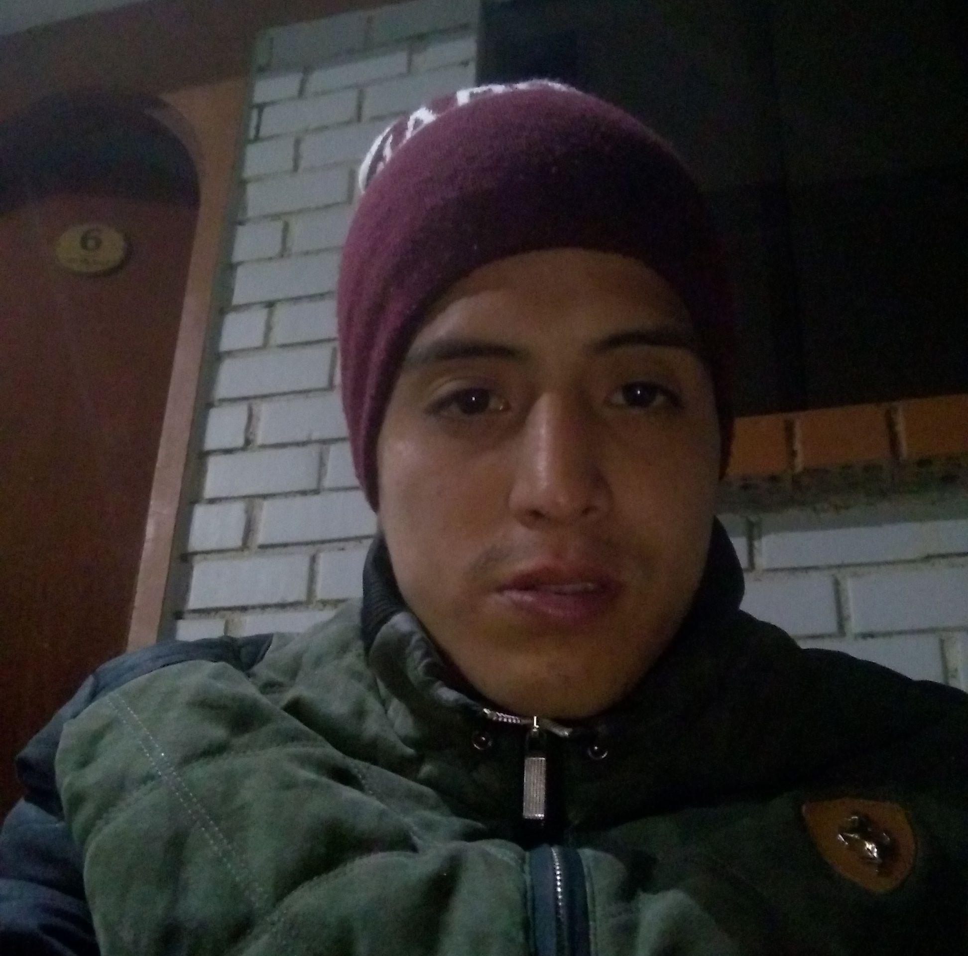 El joven padre de familia, Percy Ramiro Ygnacio Gutiérrez (28), fue asesinado a ladrillazos en una casa abandonada.