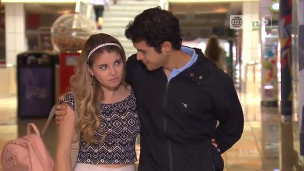 'Marco' la pasó mal con amigos de 'Camila' en 'Ven, baila quinceañera'. (Captura América TV)
