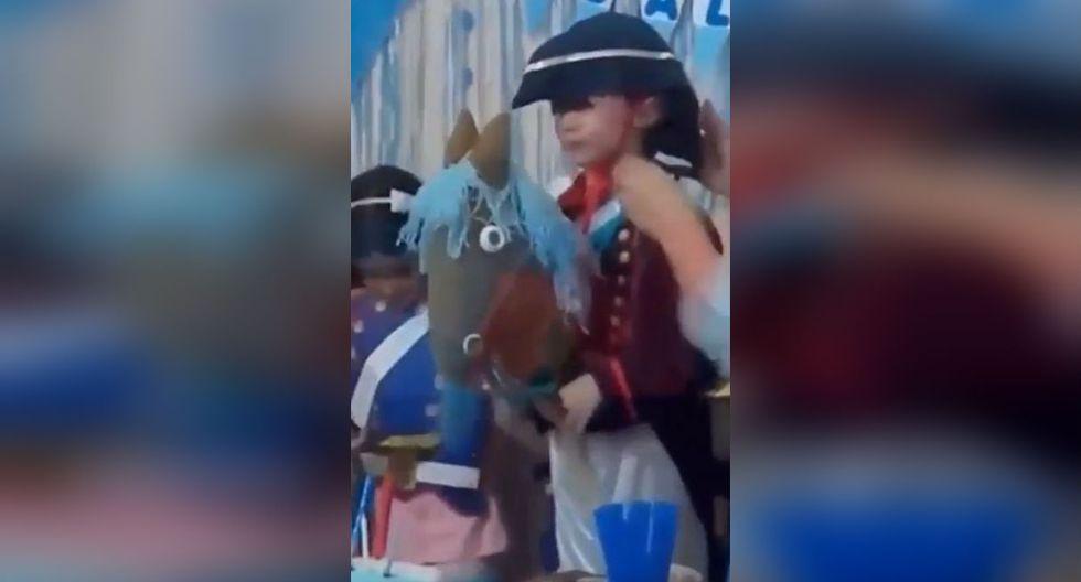 Niño festeja su cumpleaños con temática de San Martín