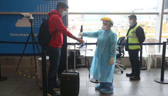 Pasaporte, DNI, TAM o visa son los cuatro documentos que le serán exigidos cuando decida salir de nuestras fronteras. Su exigencia dependerá del destino que haya elegido para viajar (Foto: Andina)