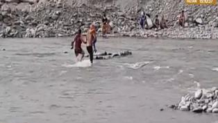 Serenos intervienen a decenas de personas que se bañaban en el río Rímac