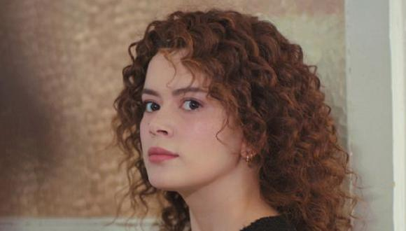 "Seray Kaya interpreta a Sirin en ""Mujer"", la telenovela turca protagonizada por Özge Özpirinçci (Foto: MF Yapım)"