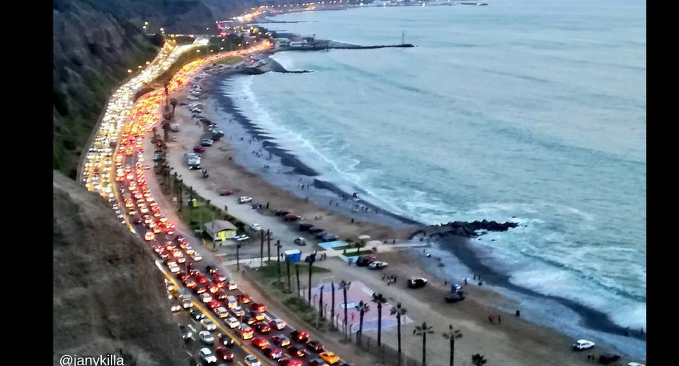 Tráfico en la costa verde el 1ro de enero