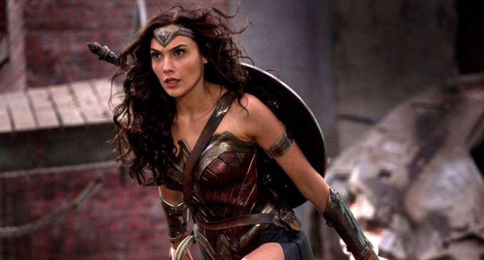 Wonder Woman interpretada por Gal Gadot.