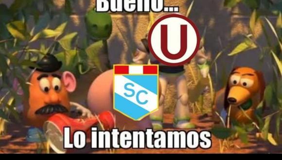 Dificultad para Universitario y Sporting Cristal fue blanco de bromas (Captura)