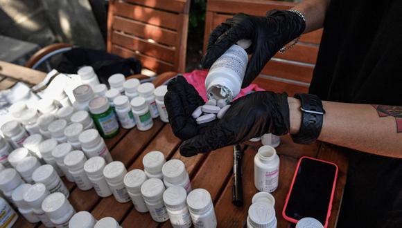 La ola de drogas sintéticas disfrazadas de medicamentos se iniciarían en laboratorios de China y México, según la DEA. (Foto: Daniel Mihailescu / AFP)