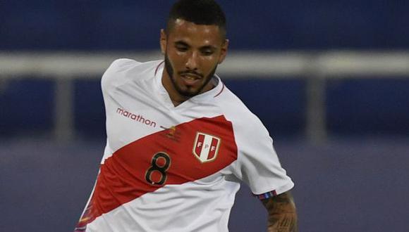 El volante Sergio Peña sería la única baja de la selección peruana para enfrentar a la selección de Venezuela. (Foto: AFP)