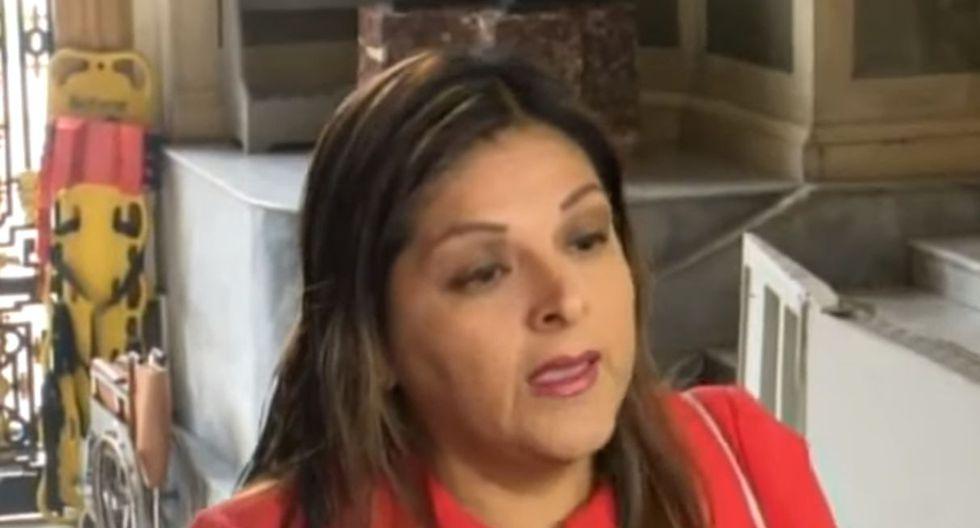 Karina Beteta aseguró que llegó al Congreso para ejercer su función de vicepresidenta del Parlamento y no para integrar la Comisión Permanente. Foto: Captura de pantalla de ATV Noticias