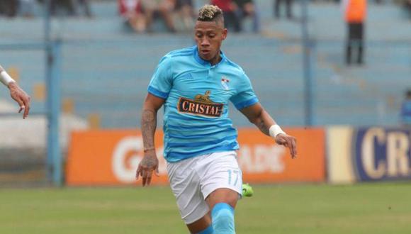 El pase de Ray Sandoval pertenece al Mazatlán FC, ex Morelia.