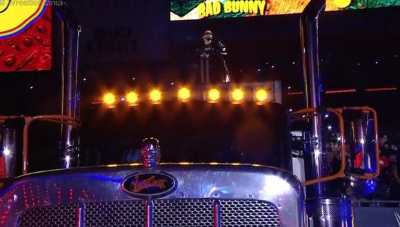 Sobre este enorme tráiler, Bad Bunny hizo su ingreso a WrestleMania. (WWE)