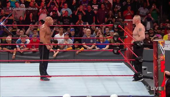 Goldberg estalló y Lesnar evitó la confrontación. (Twitter @WWE)