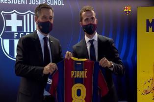 Barcelona: Pjanić olvida a Cristiano Ronaldo y elogia a Messi