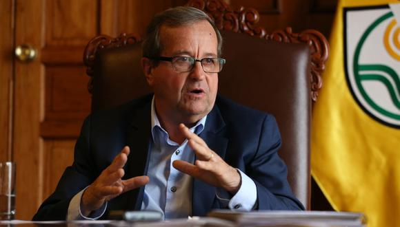 Alcalde Molina acusa de racismo a vecinos que se oponen a la construcción del parque Bicentenario