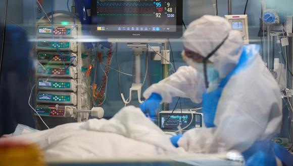 Ocupación de camas UCI llega a su máximo histórico desde que empezó la pandemia | TROME | EFE/ Alejandro García