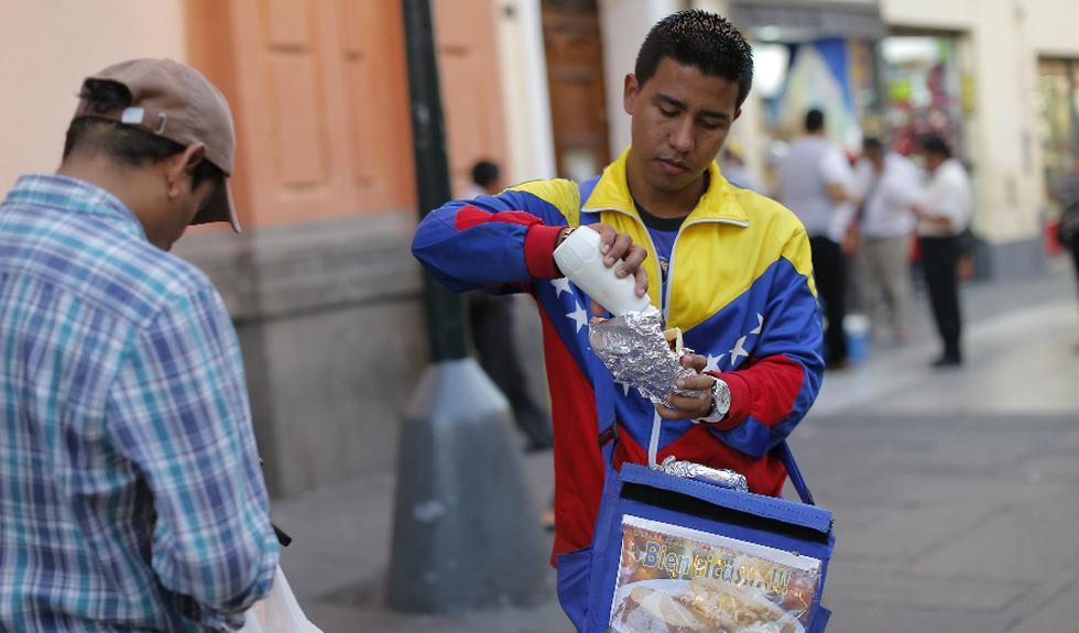 Piden a Luis Castañeda que permita a venezolanos vender en las calles.