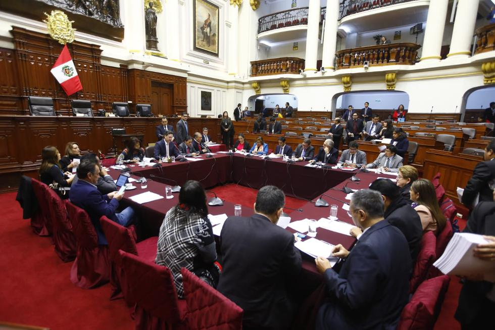 La Comisión Permanente revisa la denuncia constitucional presentada por la fiscal de la Nación, Zoraida Ávalos, contra Pedro Chávarry. (Foto: Congreso / Video: Congreso TV )