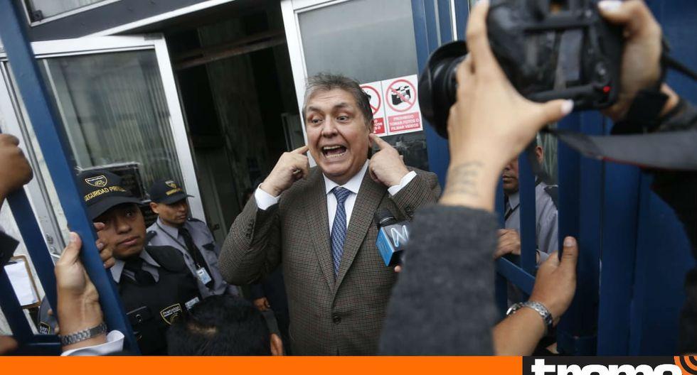 El ex presidente Alan García se retiró de la sede del Ministerio Público sin brindar mayores declaraciones a la prensa. (Foto: Anthony Niño de Guzmán)