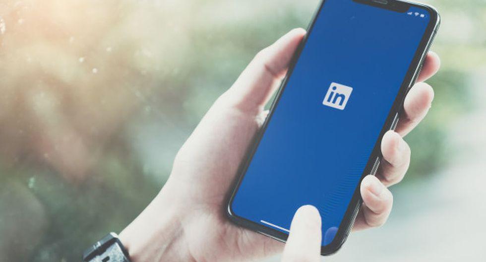 En Linkedin, los usuarios pueden subir su currículum vítae o diseñar su propio perfil con el fin de mostrar experiencias de trabajo y habilidades profesionales (Foto: Freepik)