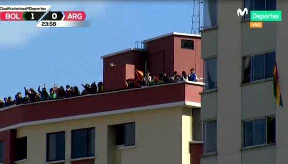 Bolivianos celebraron gol de Marcelo Martins en los techos de sus casas. (Movistar Deportes)