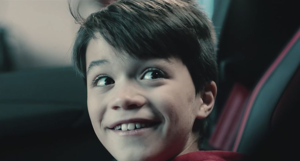 La sorpresa por Navidad de Lamborghini a un niño de 12 años que construía una réplica en su garaje. (Lamborghini)