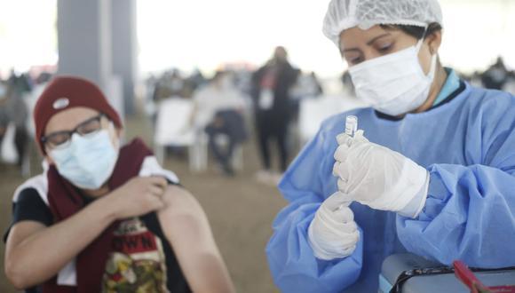 Lima y Callao son las regiones con más casos de la variante Delta. En estas jurisdicciones se viene vacunando al grupo etario de 23 y 24 años. (Foto: Jorge Cerdán / GEC)