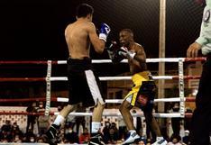 'Mina' Zambrano volvió con triunfo, en noche de boxeo en Punta Hermosa