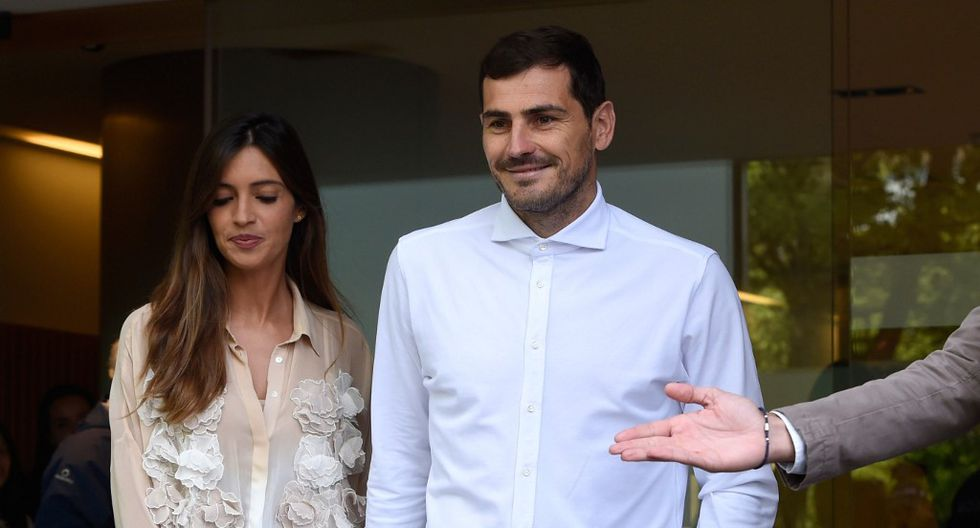 Iker Casillas y Sara Carbonero (Fotos: AFP)