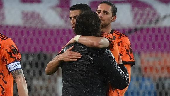 Cristiano Ronaldo se despidió de Andrea Pirlo mediante redes sociales. (Foto: EFE)