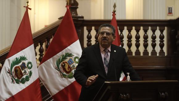 El presidente del Congreso dio una conferencia de prensa este sábado. (Foto: Congreso)