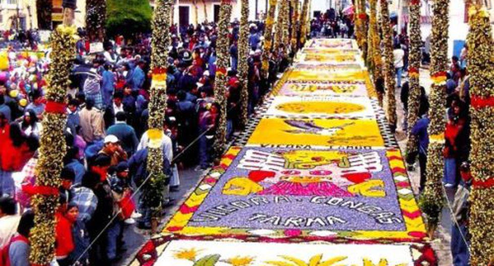 Crisantemos, violetas, rosas y todas las flores que crecen en Tarma son las encargadas de darle color a la ciudad. (Foto: Andina)