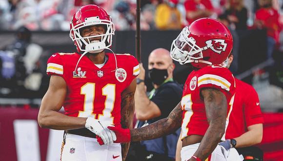 Una foto viral de la original playera de un fanático del equipo de Kansas se convirtió en lo más comentado en la previa al Super Bowl LV. | Crédito: @chiefs / Instagram.