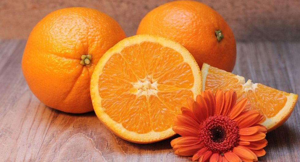 La naranja es muy buena, especialmente en la mañana y tarde, pero nunca en la noche. La naranja ayuda con la hipertensión cuando se toma con magnesio. (Foto: Pixabay)