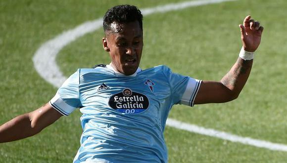 Renato Tapia ha jugado 32 de los 34 partidos que tiene Celta en lo que va de LaLiga 2020-21. (Foto: AFP)