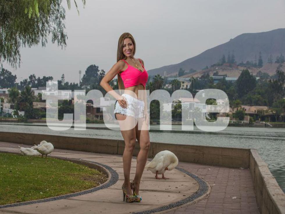 Colombiana cuenta que es deportista y lleva una vida de ama de casa al lado de su esposo, con quien tiene 20 años de relación. Asegura que nunca sale sola para evitar escándalos o chismes, pero no se considera 'pisada'. Lucecita Ceballos afirma que va al gimnasio tres veces por semana para mantener su figura y piernas.