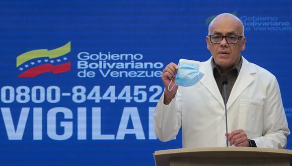 """""""Es mi deber informar que he recibido el diagnóstico de infección por COVID-19"""", anunció Rodríguez. (AFP)."""