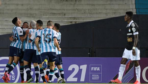 Racing, con diez hombres, venció a Sporting  Cristal  (Foto: AP)